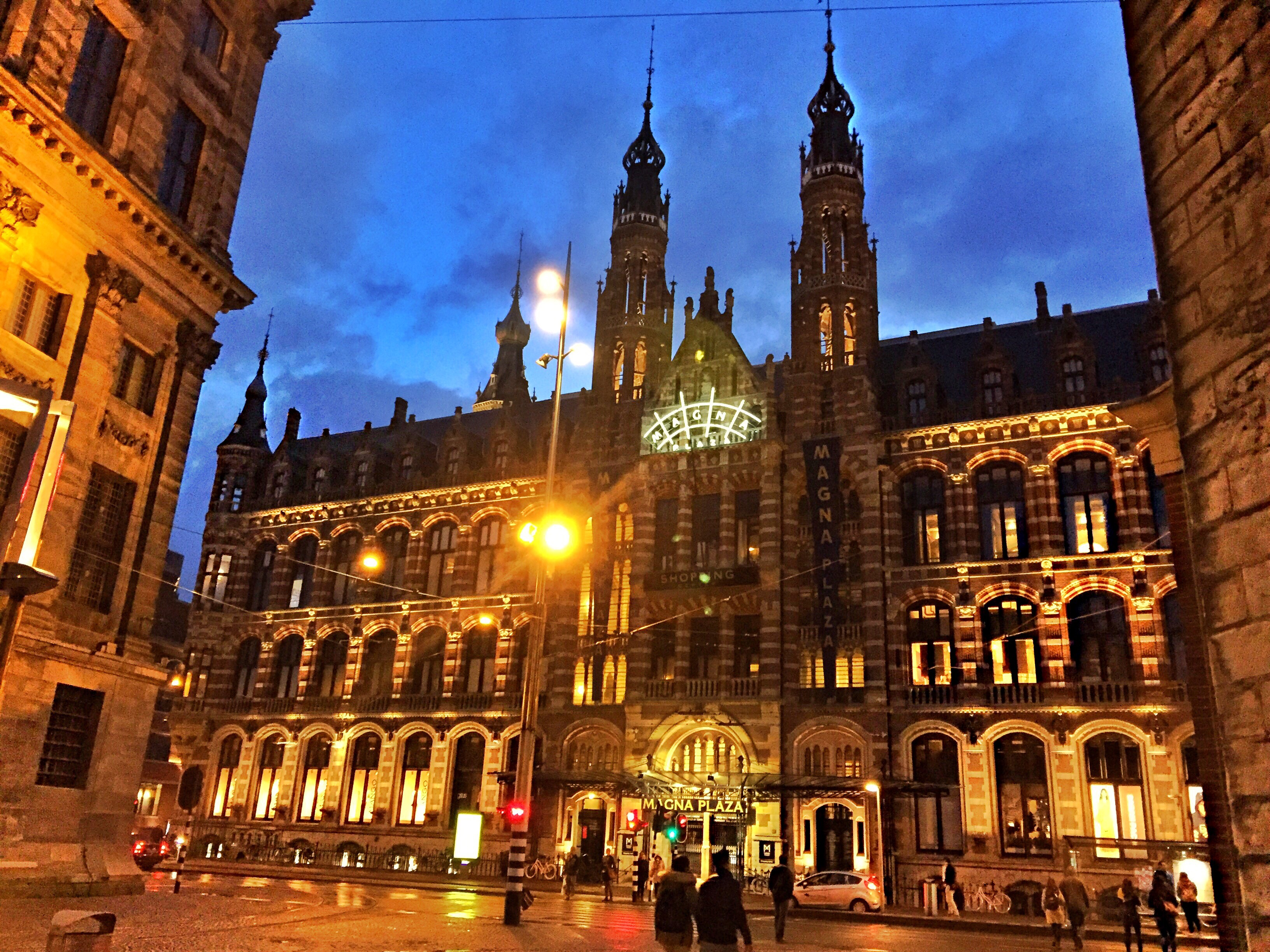 Amsterdam - Nieuwe Zijde - Magna Plaza