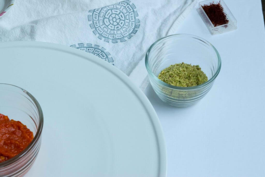 Homemade Green Pistachio Kernels and Almonds mix