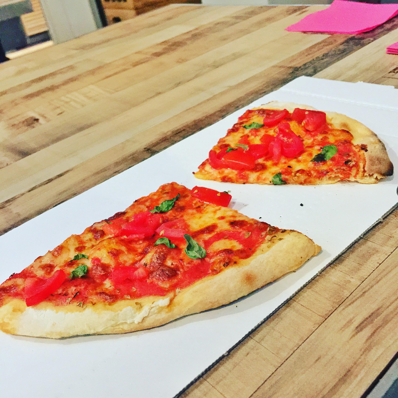 Pizza at Food Hallen