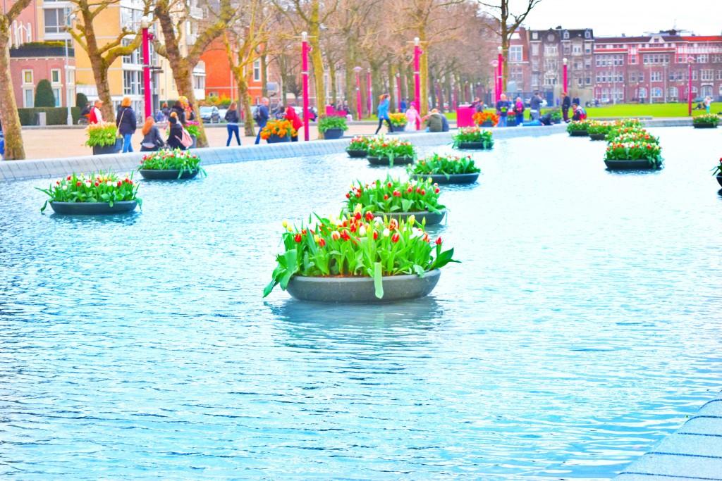 Floating Tulips - Nah!