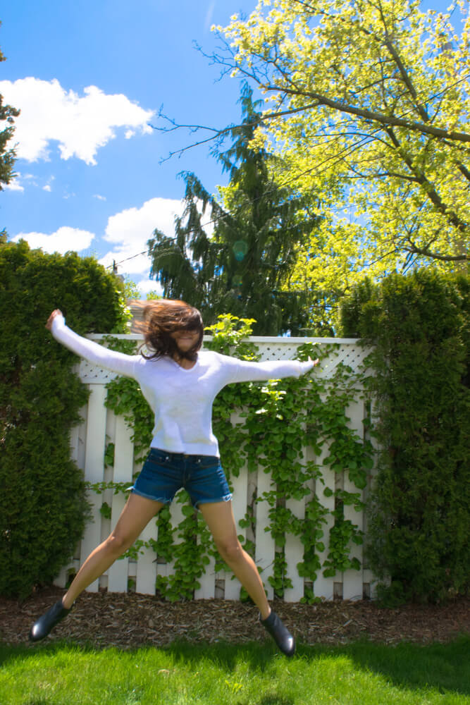 Jumping Jack; A girl gonna have fun