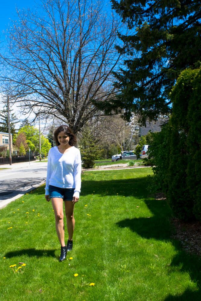 Walking between Spring and Summer