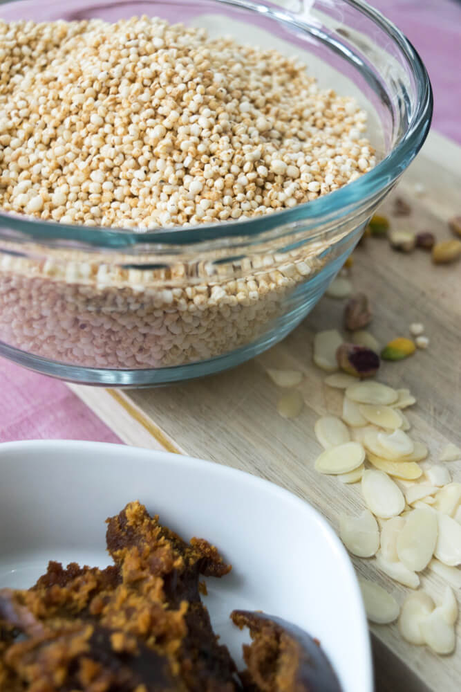 Organic Puffed Quinoa, Sliced Almonds, Pistachios, Jaggery